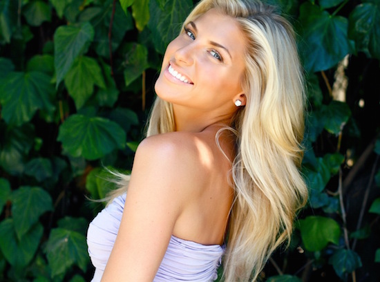 the 15 hottest female sportscasters in the world, melanie collins