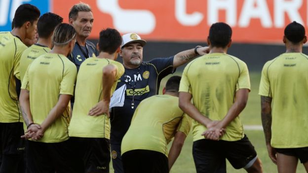 Diego Maradona gives instructions to his players during his first training session at Dorados on 11 September 2018